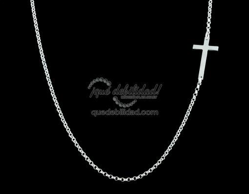 Collar de plata con cruz asimétrica