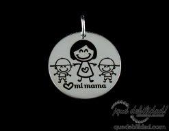 Medalla de plata con dibujo de mama niño niño
