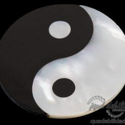 Moneda de Ying Yang en nácar y ónix