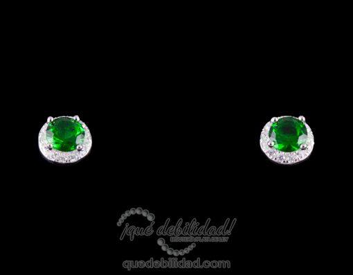 Pendientes de plata con circonita redonda en verde esmeralda