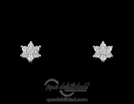 Pendientes de plata con flor siete circonitas blancas